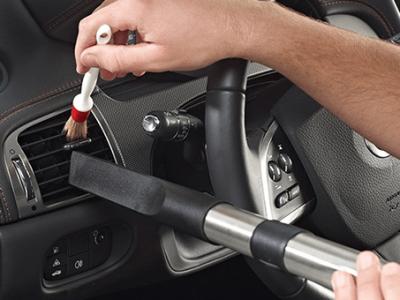 higienizacao-automotiva-limpeza-do-painel